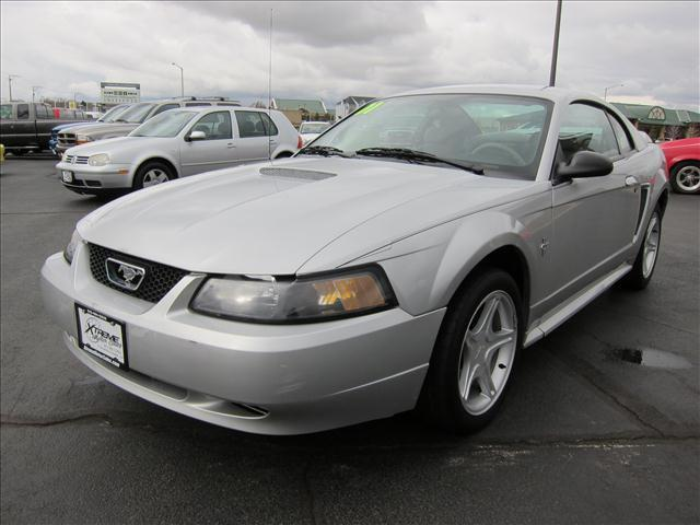 2001 ford mustang for sale in sycamore illinois. Black Bedroom Furniture Sets. Home Design Ideas