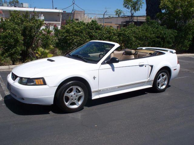 2001 Ford Mustang Premium Convertible V6 Low Miles