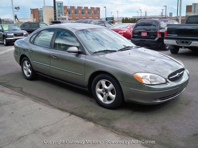 2001 ford taurus for sale in cudahy wisconsin classified. Black Bedroom Furniture Sets. Home Design Ideas