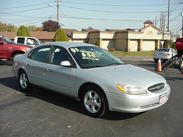 2001 ford taurus se for sale in cinnaminson new jersey classified. Black Bedroom Furniture Sets. Home Design Ideas