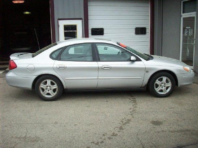 2001 ford taurus sel for sale in wautoma wisconsin classified. Black Bedroom Furniture Sets. Home Design Ideas
