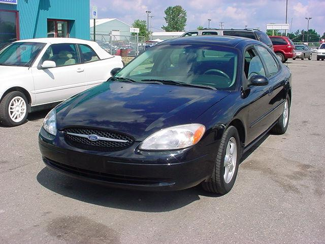 2001 ford taurus ses for sale in pontiac michigan. Black Bedroom Furniture Sets. Home Design Ideas