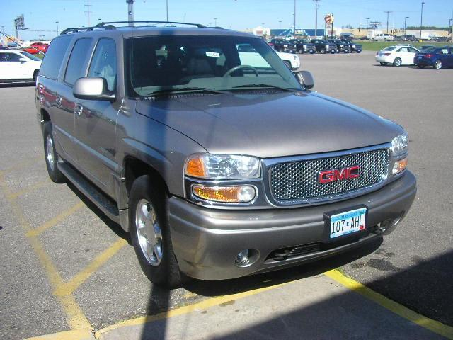 2001 gmc yukon xl denali for sale in bemidji minnesota. Black Bedroom Furniture Sets. Home Design Ideas