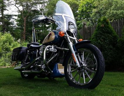 2001 Harley-Davidson Dyna Lowrider motorcycle