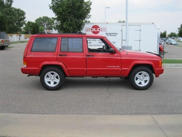 2001 jeep cherokee classic for sale in pueblo colorado classified. Black Bedroom Furniture Sets. Home Design Ideas