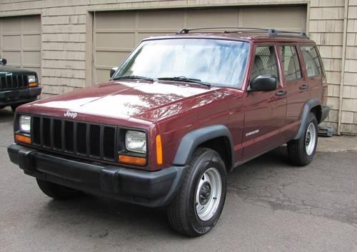 2001 Jeep Cherokee Square Body 4x4 Beautiful One Owner!