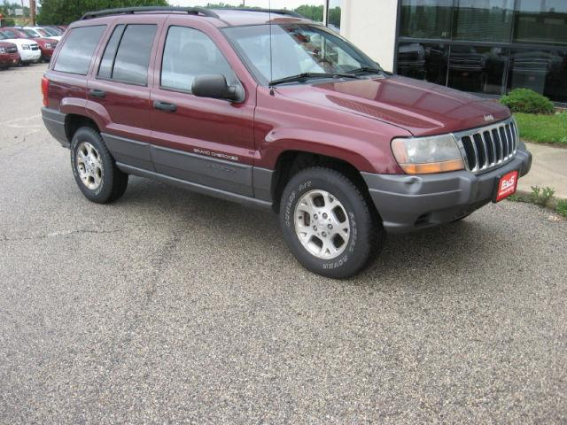 2001 jeep grand cherokee laredo for sale in saukville wisconsin classified. Black Bedroom Furniture Sets. Home Design Ideas