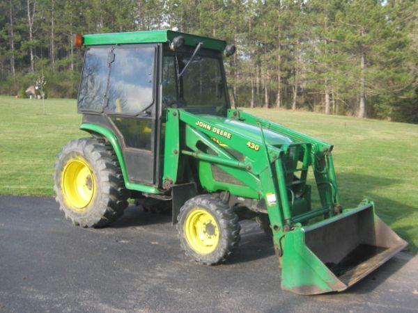 2001 John Deere 4400 Tractor w Loader  Cab - $12800 Spencer, NY