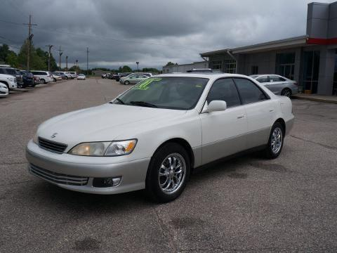 2001 lexus es 300 4 door sedan for sale in hutchinson kansas classified. Black Bedroom Furniture Sets. Home Design Ideas