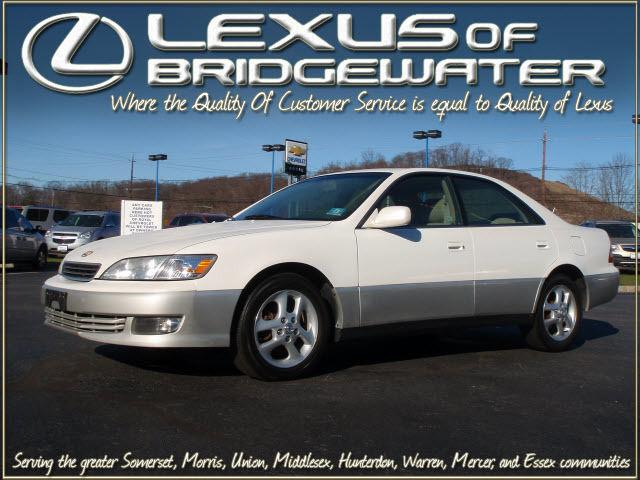2001 lexus es 300 for sale in bridgewater new jersey classified. Black Bedroom Furniture Sets. Home Design Ideas