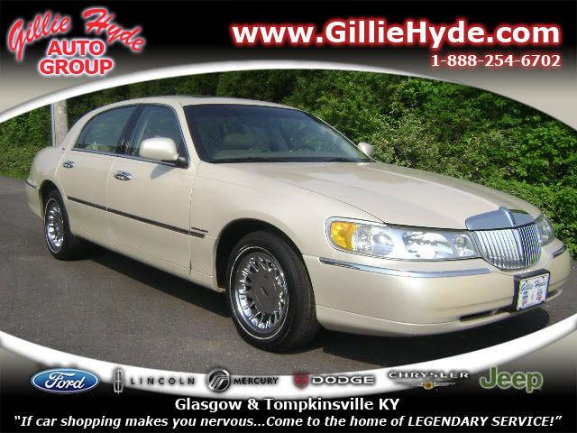 2001 Lincoln Town Car Cartier For In Glasgow Kentucky