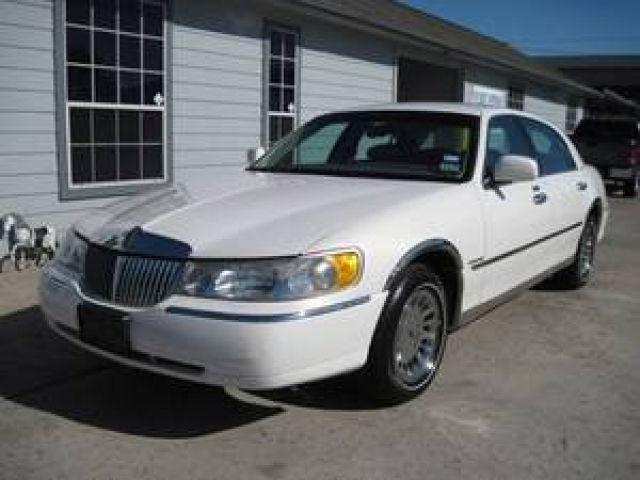 2001 lincoln town car cartier for sale in houston texas classified. Black Bedroom Furniture Sets. Home Design Ideas