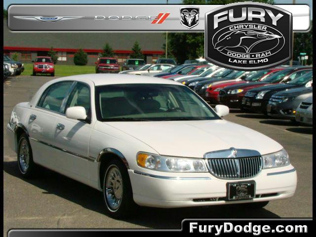 2001 Lincoln Town Car Cartier