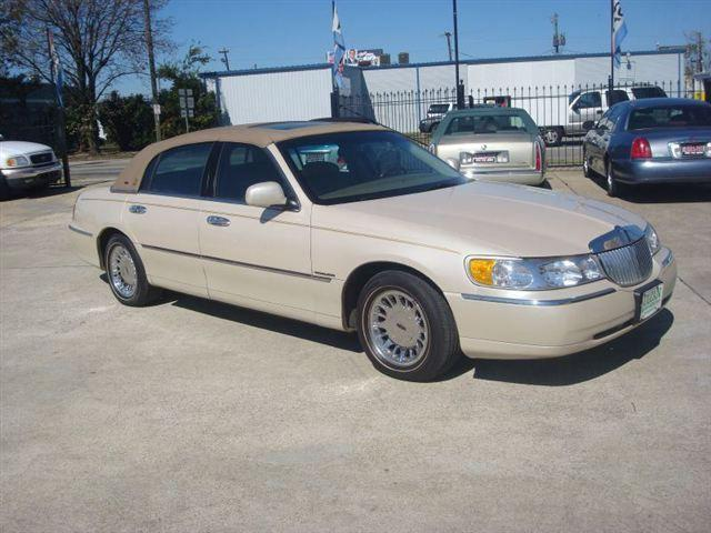 2001 Lincoln Town Car Cartier For Sale In Birmingham Alabama