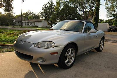 2001 Mazda Miata Base Convertible 2-Door 1.8L