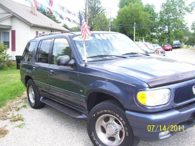 2001 mercury mountaineer for sale in newark ohio classified. Black Bedroom Furniture Sets. Home Design Ideas