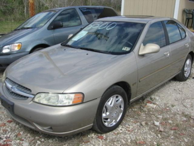 2001 nissan altima gxe for sale in alvin texas classified. Black Bedroom Furniture Sets. Home Design Ideas