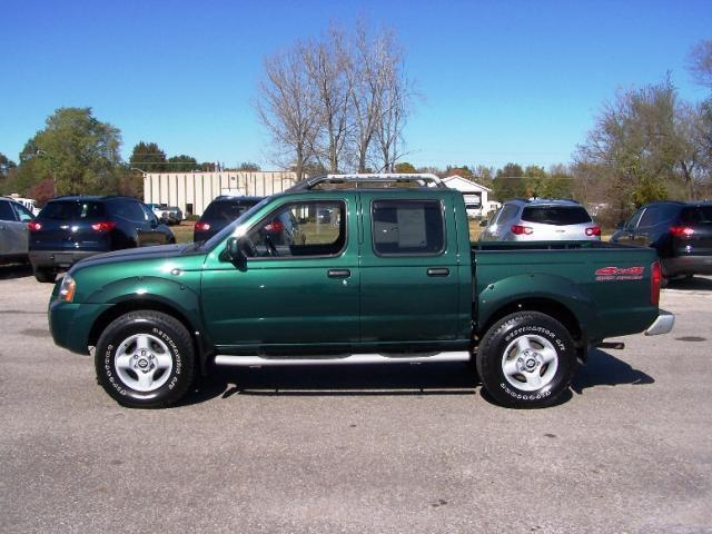 2001 nissan frontier xe for sale in ames iowa classified. Black Bedroom Furniture Sets. Home Design Ideas