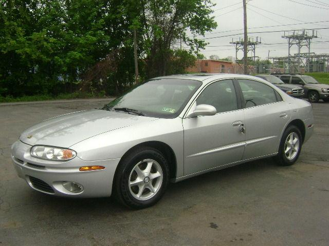 2001 oldsmobile aurora 3 5 for sale in scranton pennsylvania classified. Black Bedroom Furniture Sets. Home Design Ideas