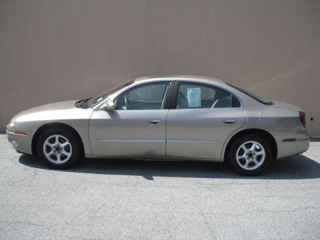 2001 oldsmobile aurora 3 5 for sale in sandy springs georgia classified. Black Bedroom Furniture Sets. Home Design Ideas