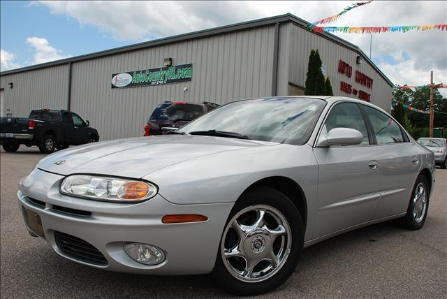 2001 oldsmobile aurora 4 0 for sale in exeter rhode island classified. Black Bedroom Furniture Sets. Home Design Ideas