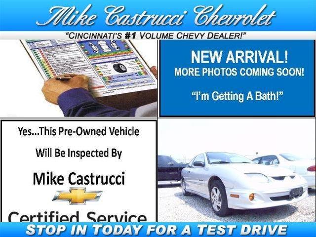 2001 Pontiac Sunfire SE for Sale in Milford Ohio