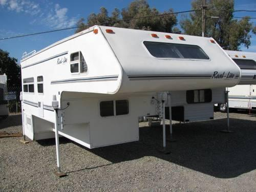 2001 Real Lite * 11 6ft * Truck Camper for Long Bed