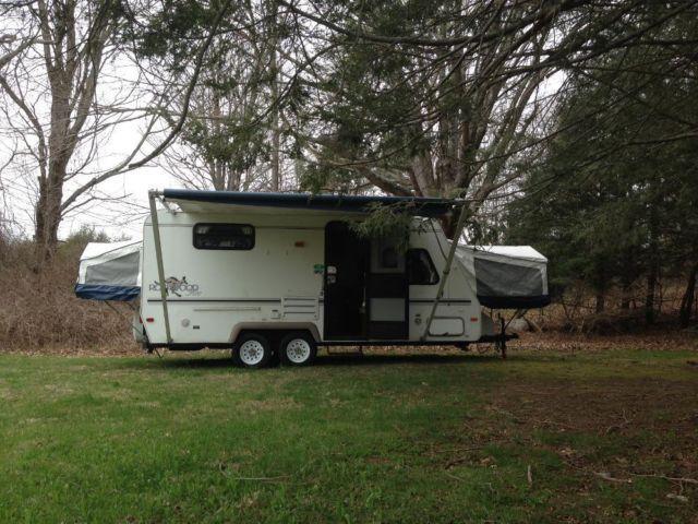2001 Rockwood Roo Hybrid Camper for Sale in Columbia
