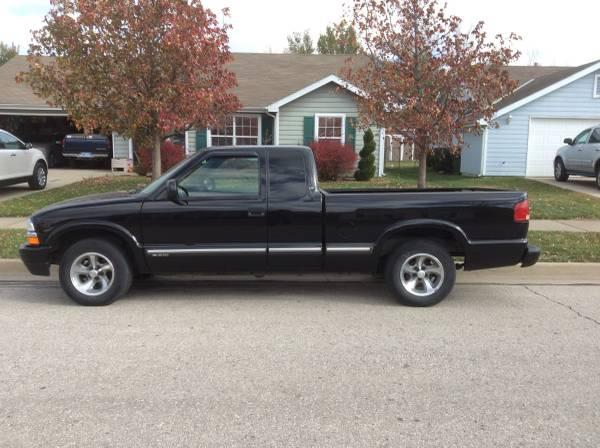 2001 S-10 EXTENDED CAB PICKUP - $3500