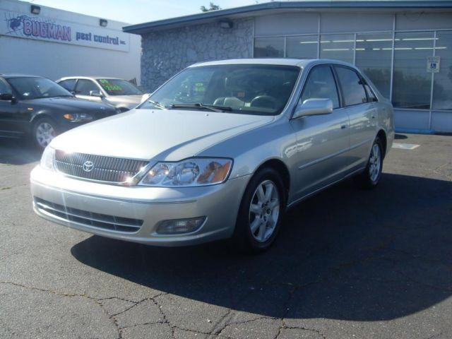 2001 toyota avalon 4dr silver automatic luxury sedan loaded v 6 for sale in gold river. Black Bedroom Furniture Sets. Home Design Ideas