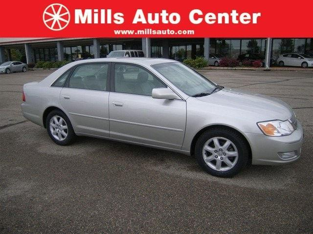 2001 toyota avalon xls for sale in willmar minnesota classified. Black Bedroom Furniture Sets. Home Design Ideas