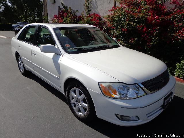 2001 toyota avalon xls fully loaded white tan excellent cond for sale in orange california. Black Bedroom Furniture Sets. Home Design Ideas