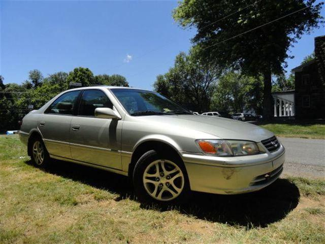2001 toyota camry le for sale in leesburg virginia classified. Black Bedroom Furniture Sets. Home Design Ideas