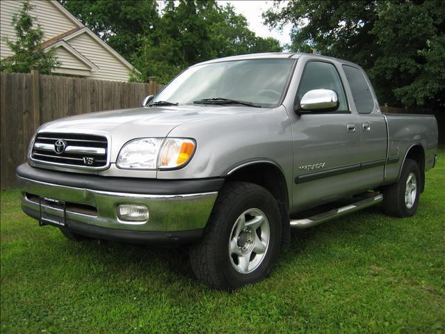 2001 Toyota Tundra SR5 for Sale in Tillson, New York Classified | AmericanListed.com