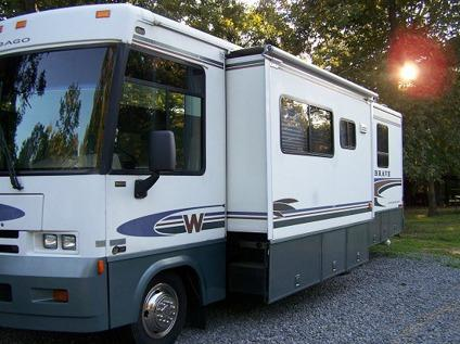 Car Lots In Mayfield Ky >> 2001 Winnebago Brave 30W | 2001 Motorhome in Sedalia KY ...