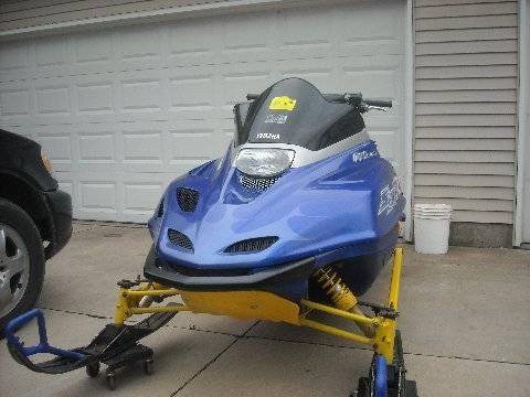 Sxr Yamaha Snowmobile Triple