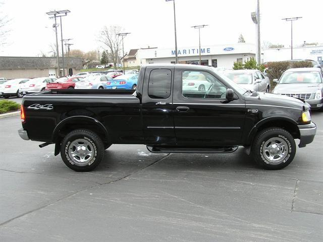 2001 ford f150 lariat for sale in manitowoc wisconsin classified. Black Bedroom Furniture Sets. Home Design Ideas