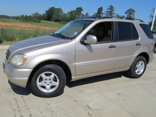 2001 Mercedes Benz M Class ML320 4MATIC http://texarkana-tx.americanlisted.com/cars/2001-mercedesbenz-mclass-ml320-4matic_18665937.html