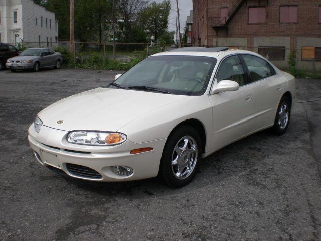 2001 oldsmobile aurora for sale in schenectady new york classified. Black Bedroom Furniture Sets. Home Design Ideas