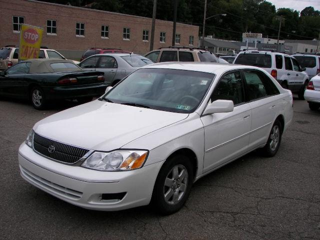 2001 toyota avalon for sale in pittsburgh pennsylvania classified. Black Bedroom Furniture Sets. Home Design Ideas