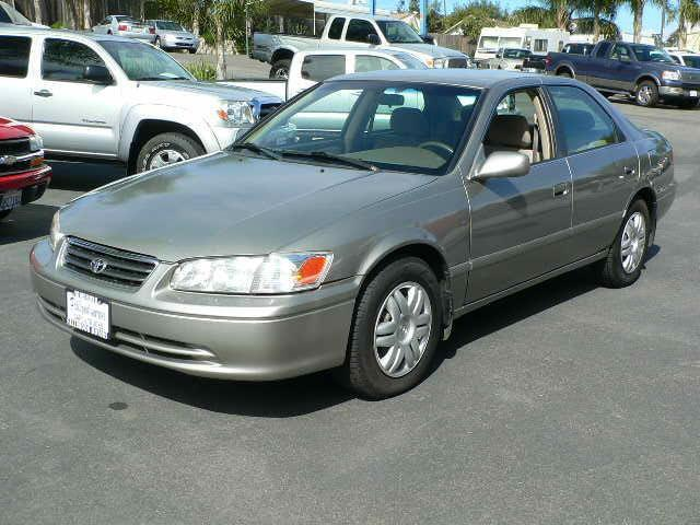 2001 toyota camry le for sale in fallbrook california classified. Black Bedroom Furniture Sets. Home Design Ideas