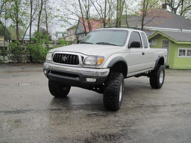 2001 Toyota Tacoma PreRunner for Sale in Bloomington, Indiana ...