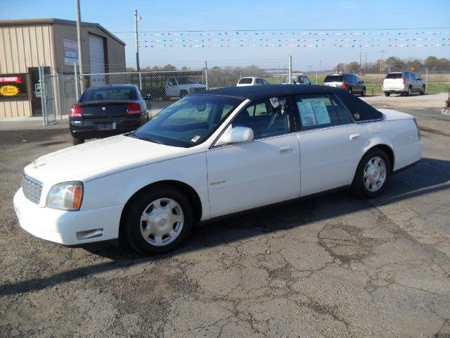 2002 cadillac deville base for sale in roland oklahoma classified. Black Bedroom Furniture Sets. Home Design Ideas