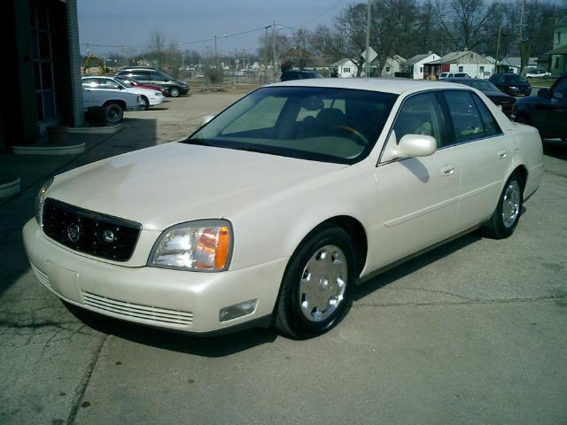 2002 cadillac deville dhs for sale in elkhart indiana classified. Black Bedroom Furniture Sets. Home Design Ideas