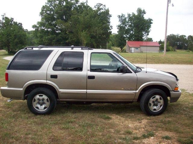 2002 chevrolet blazer ls for sale in gainesville missouri classified. Black Bedroom Furniture Sets. Home Design Ideas