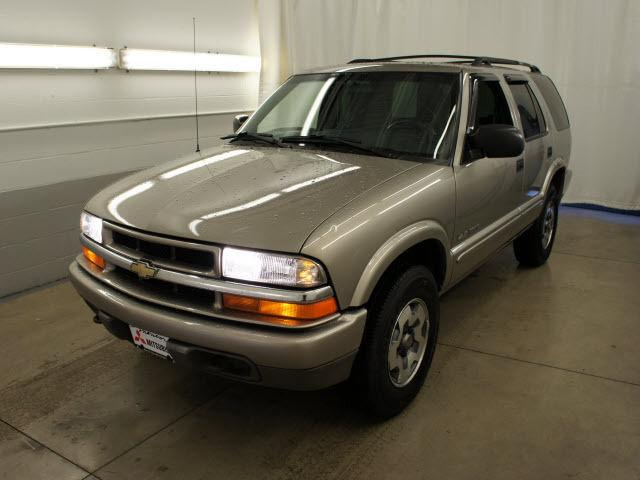 2002 chevrolet blazer ls for sale in mentor ohio classified. Black Bedroom Furniture Sets. Home Design Ideas