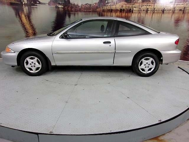 2002 Chevrolet Cavalier Base 2dr Coupe