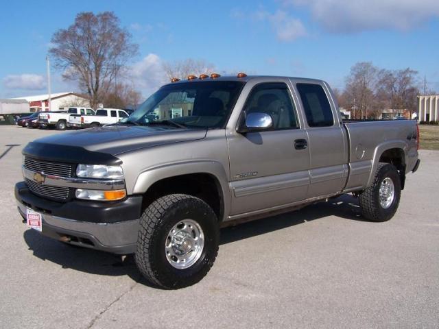 2002 Chevrolet Silverado 2500 H/D for Sale in Ames, Iowa ...