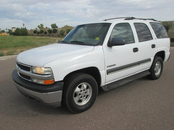 2002 chevrolet tahoe 1500 4 door 2 wheel drive carfax certified for sale in mesa arizona. Black Bedroom Furniture Sets. Home Design Ideas