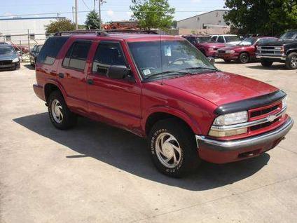 2002 Chevy Blazer 4x4 parts - NICE deals here
